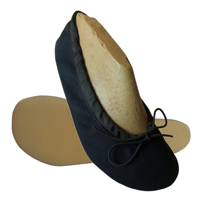 Barefoot Wins gymnastické barefoot cvičky Gábi textilní černá bosá
