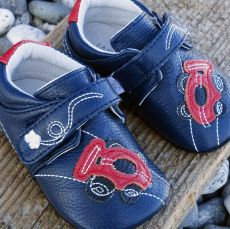 Barefoot Jack and Lily JAKE Racecar Navy bosá