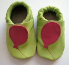 Capáčky Menu baby shoes - zelené s balónem